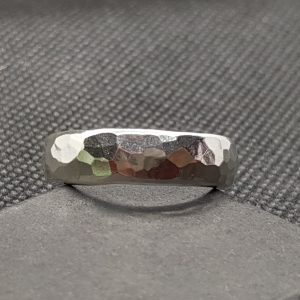 6mm D-Shaped Ring, Heavy Hammered Effect 1